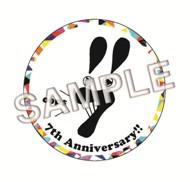 7!!_badge-